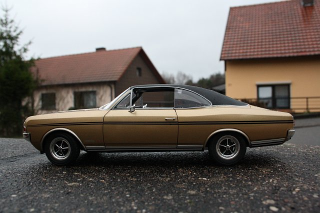 Modely Opel Commod10