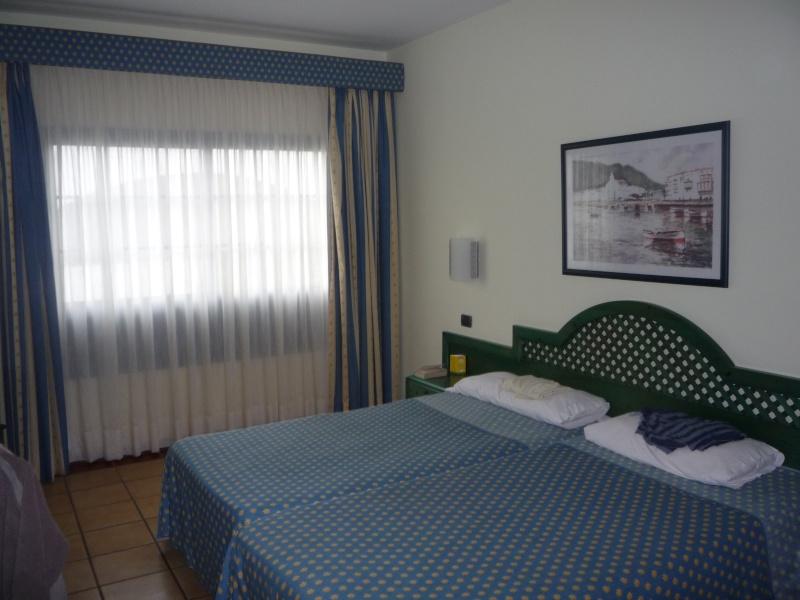 Canary Islands, Lanzarote, Playa Blanca, 2010, Airport, Aeroplane and the Thomson Dream 02210