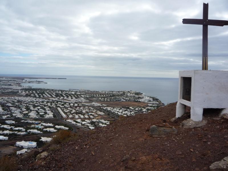 Canary Islands, Lanzarote, Playa Blanca, 2010, Airport, Aeroplane and the Thomson Dream 07810