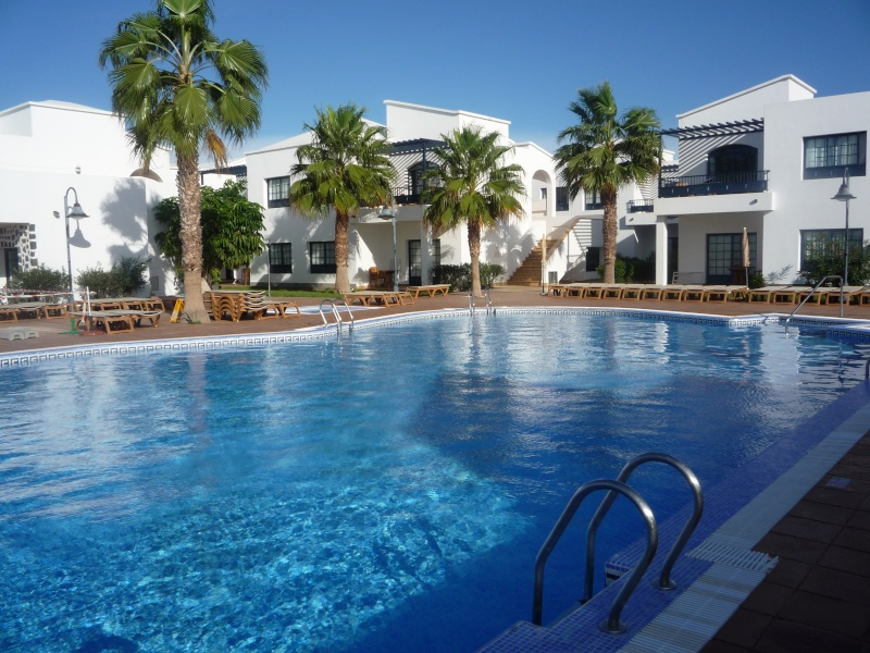 Canary Islands, Lanzarote, Playa Blanca, 2010, Airport, Aeroplane and the Thomson Dream 10610
