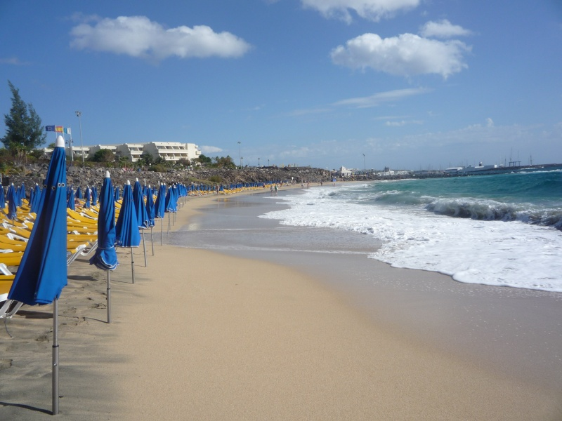 Canary Islands, Lanzarote, Playa Blanca, 2010, Airport, Aeroplane and the Thomson Dream 11210