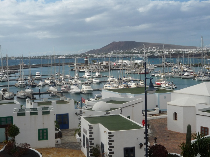 Canary Islands, Lanzarote, Playa Blanca, 2010, Airport, Aeroplane and the Thomson Dream 17210