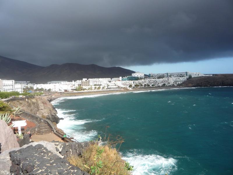 Canary Islands, Lanzarote, Playa Blanca, 2010, Airport, Aeroplane and the Thomson Dream 17710