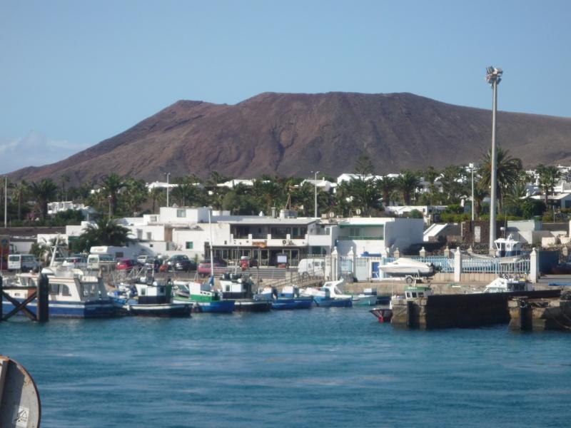Canary Islands, Lanzarote, Playa Blanca, 2010, Airport, Aeroplane and the Thomson Dream 20510