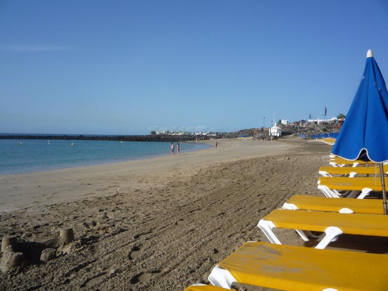 Canary Islands, Lanzarote, Playa Blanca, 2010, Airport, Aeroplane and the Thomson Dream 22210