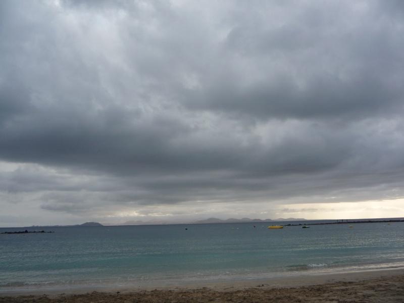 Canary Islands, Lanzarote, Playa Blanca, 2010, Airport, Aeroplane and the Thomson Dream 22411