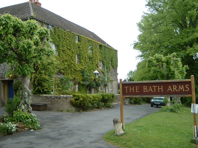 Longleat, two nights at Bath Arms Hotel Pictur18