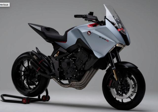 Une Honda CB1100X en préparation Captur51