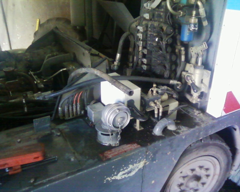 Unité transportable de sertissage des flexibles hydrauliques Photos17