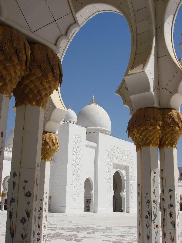 Sheikh Zayed Grand Mosque, Abu-Dhabi  - Page 2 20218810