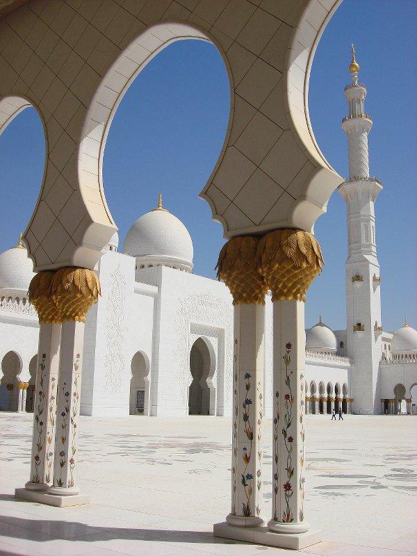 Sheikh Zayed Grand Mosque, Abu-Dhabi  - Page 2 22652510