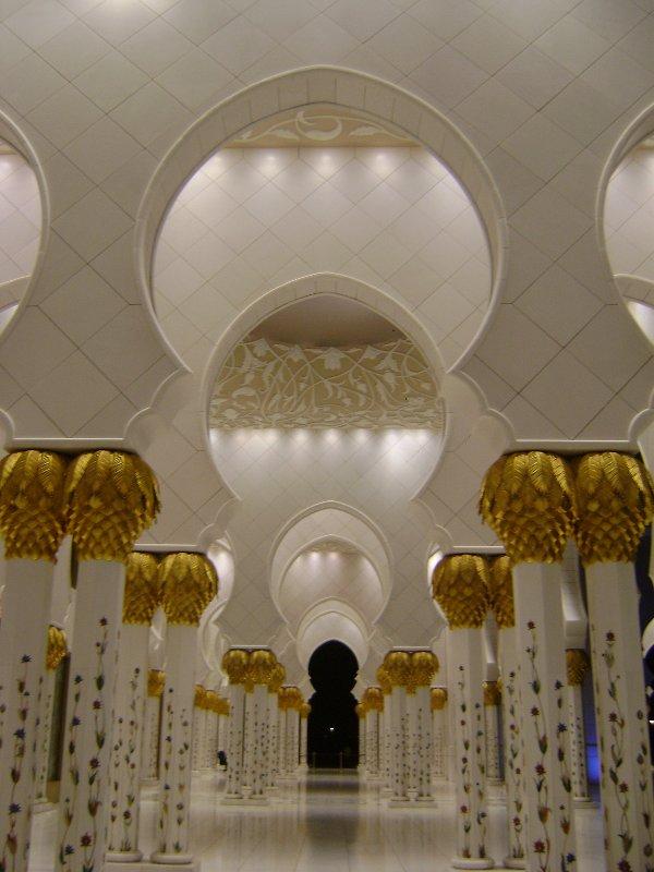 Sheikh Zayed Grand Mosque, Abu-Dhabi  - Page 2 22886210