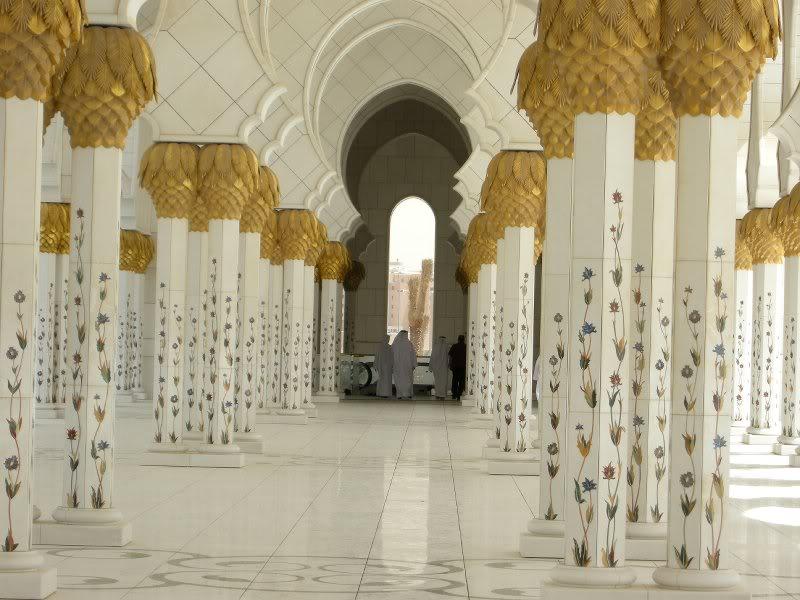 Sheikh Zayed Grand Mosque, Abu-Dhabi  - Page 2 26498910