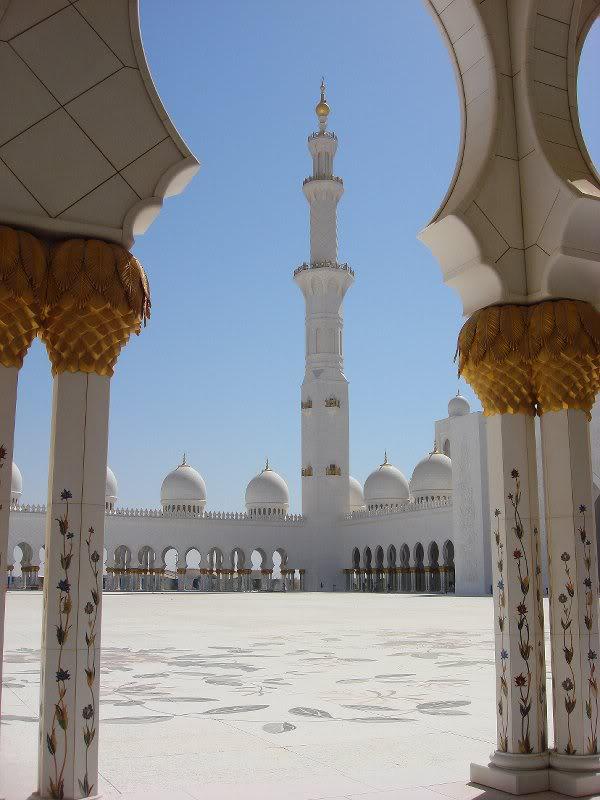 Sheikh Zayed Grand Mosque, Abu-Dhabi  - Page 2 29575610