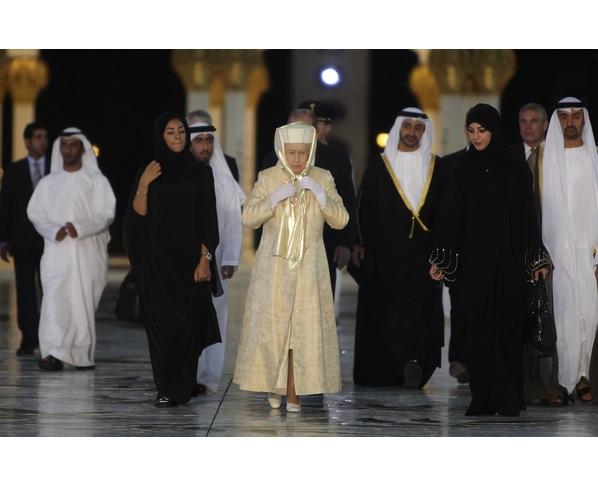 Sheikh Zayed Grand Mosque, Abu-Dhabi  - Page 4 67330410