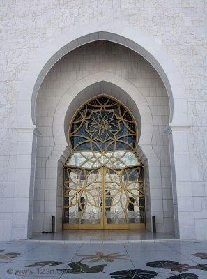 Sheikh Zayed Grand Mosque, Abu-Dhabi  - Page 4 83789110