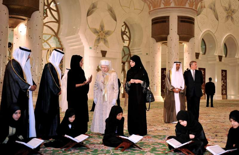 Sheikh Zayed Grand Mosque, Abu-Dhabi  - Page 4 Aptopi10