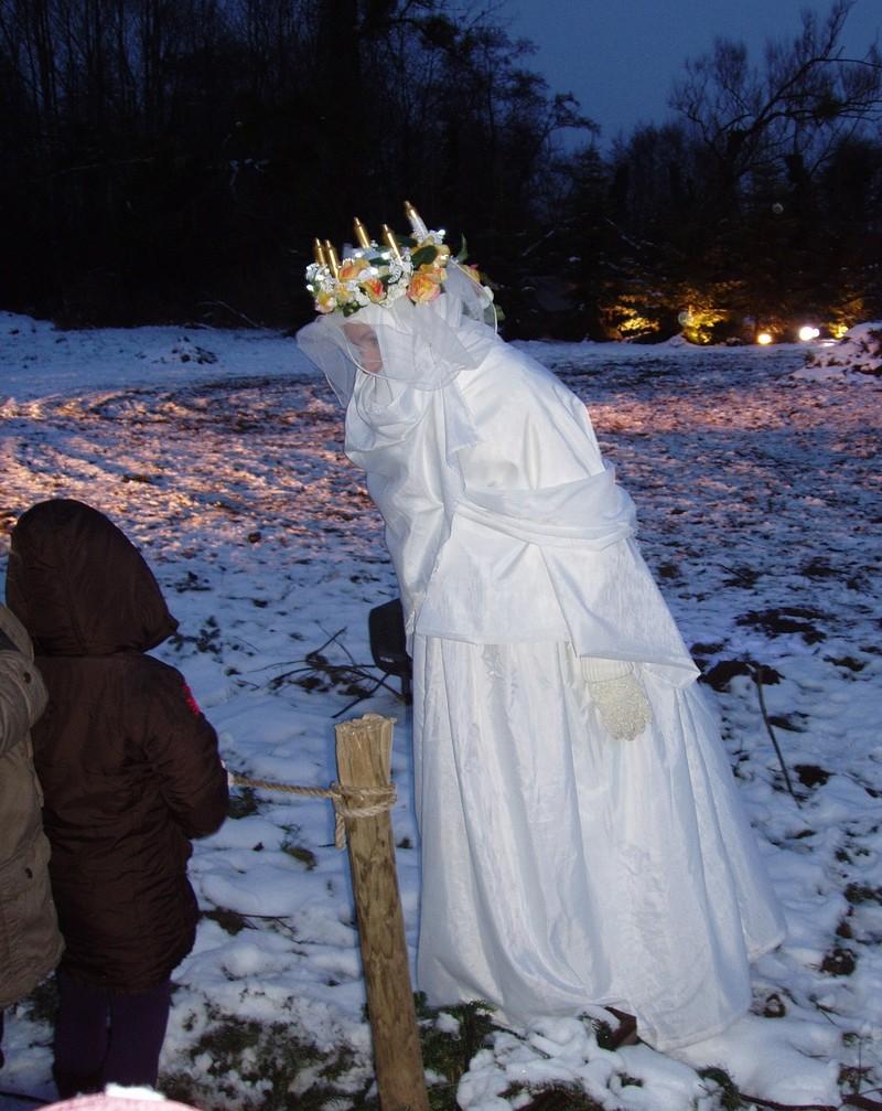"""Les sentiers de Noël à Osthouse ou """"Mei au pays des merveilles"""" Osthou15"""