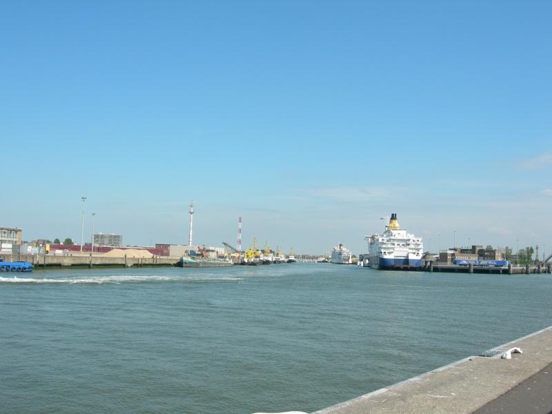 base logistique Oostende - Page 2 Cedlog10
