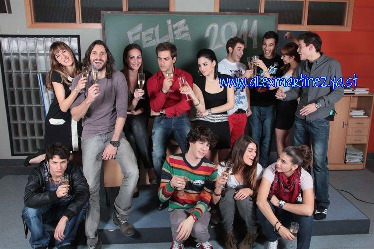 Los actores de FoQ nos desean Feliz 2011!!!! Fotono10