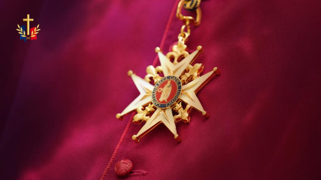 Blason du Nouveau chapitre pour le diocèse aux Armées Croix_11