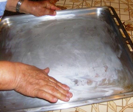 Με τα δυο χεράκια πλάθω κουλουράκια (by chef Manulaki)  Iie_0712