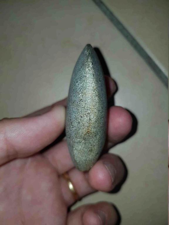 Hache antique en pierre ? 20190916