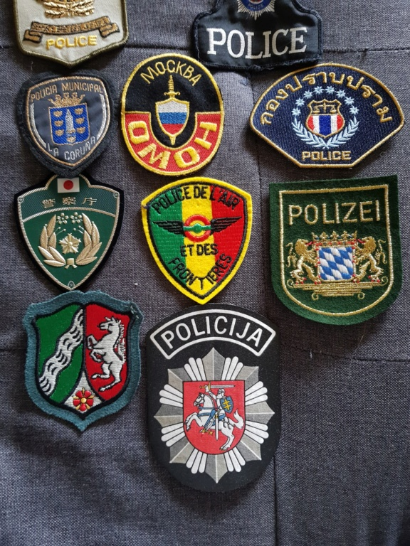 Patch polices du monde. 20201033