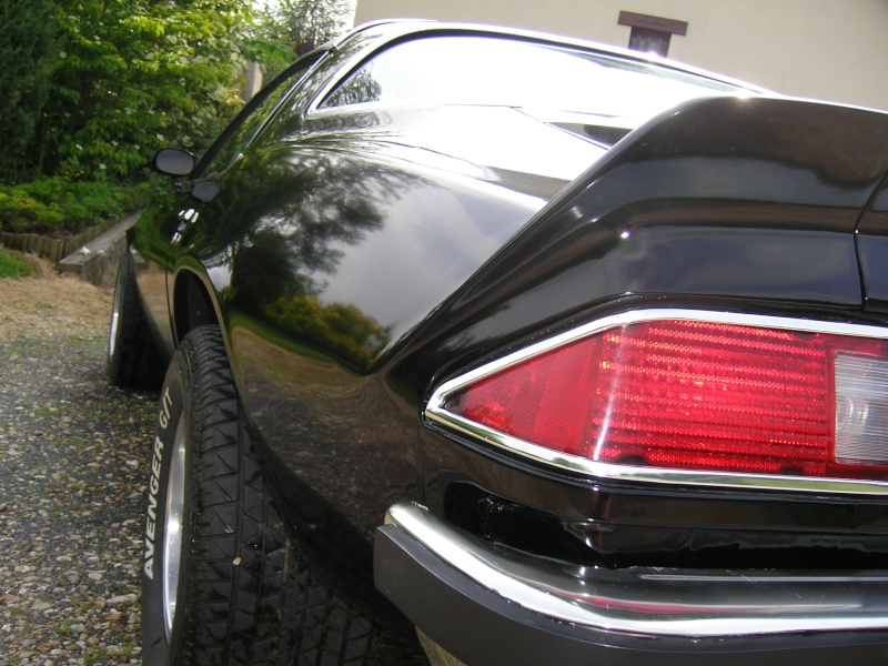 Vend Chevrolet CAMARO 1977 fraichement restaurée 100_3913