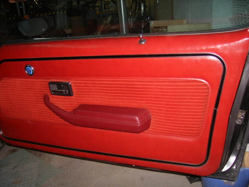 Vend Chevrolet CAMARO 1977 fraichement restaurée 100_6510