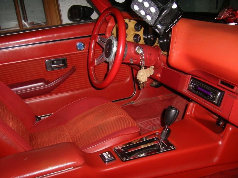 Vend Chevrolet CAMARO 1977 fraichement restaurée 100_6511
