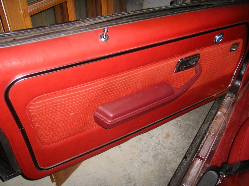 Vend Chevrolet CAMARO 1977 fraichement restaurée 100_6514