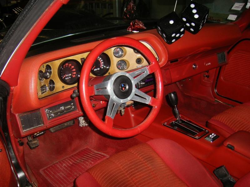 Vend Chevrolet CAMARO 1977 fraichement restaurée 100_6515