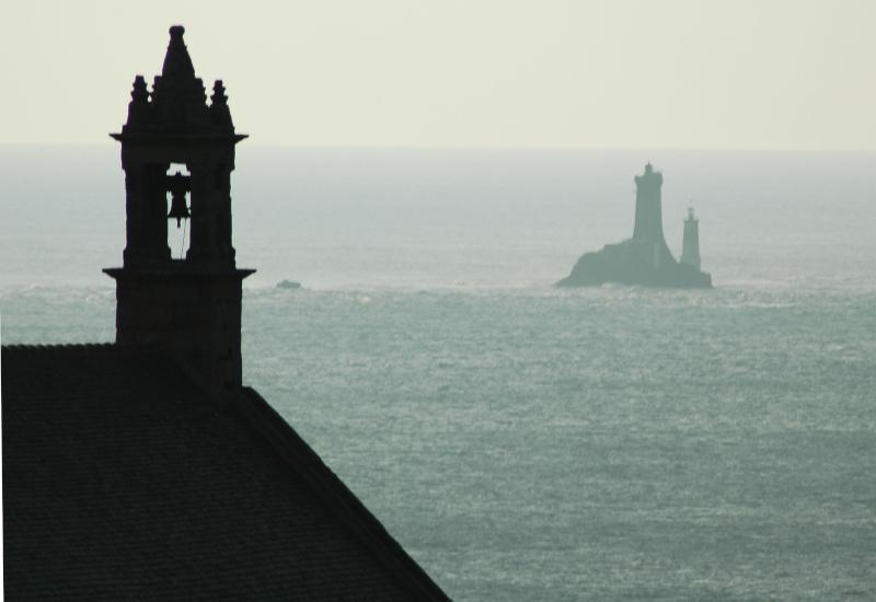 Dialogue entre la chapelle St They et le phare de la Vieille Dsc_0111