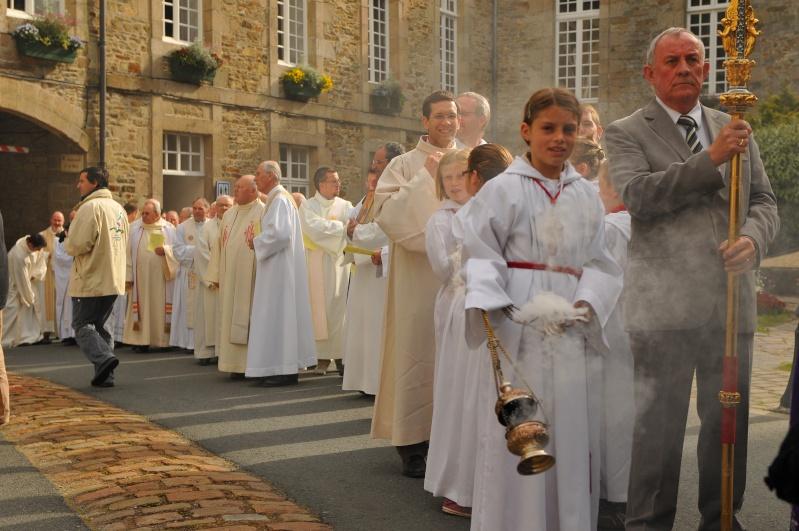 Procession du GRand PArdon de St Yves a Treguier Dsc_7610