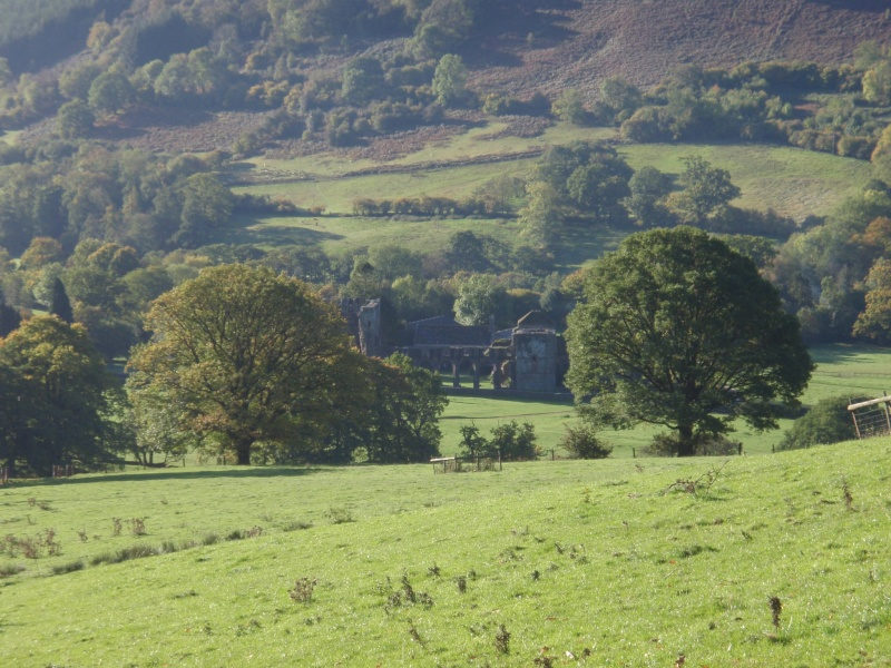 llanthony priory,abergavenny.at the foot of the skirrid mountain Llanth29