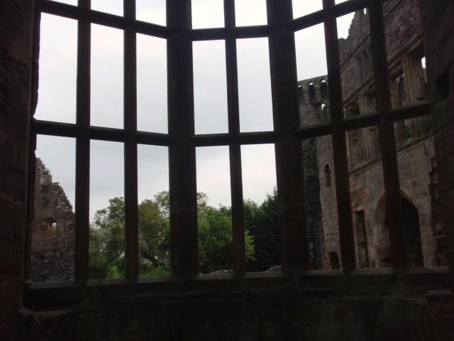 raglan castle P5252811