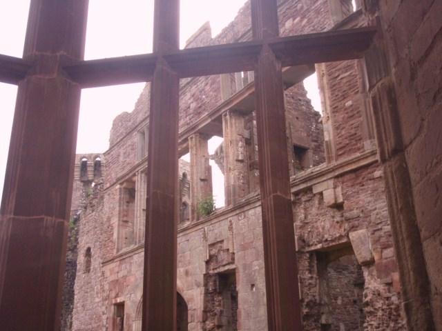 raglan castle P5252812