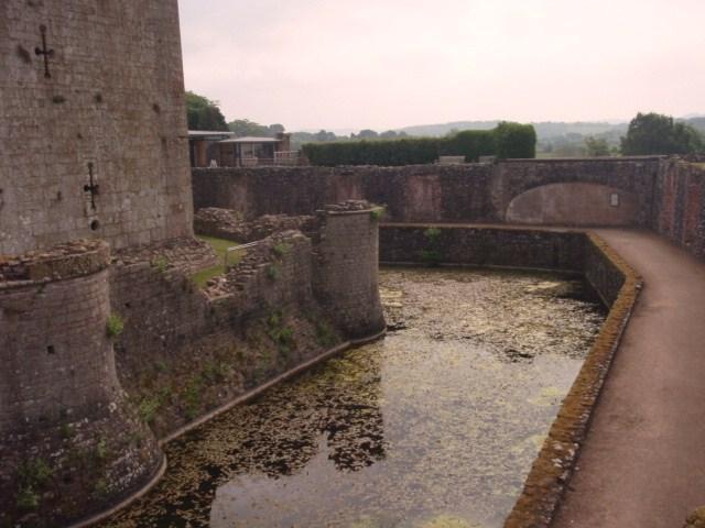 raglan castle P5252813