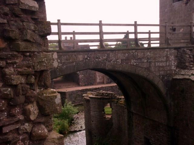 raglan castle P5252814