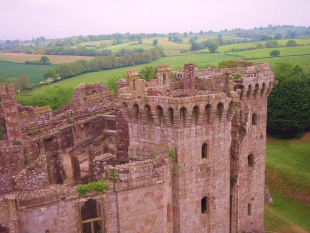 raglan castle P5252911
