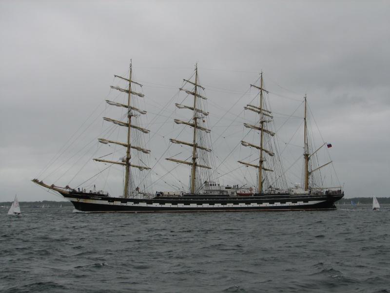 Petit tour sur le quatre mats barque Kruzenshtern Img_0611