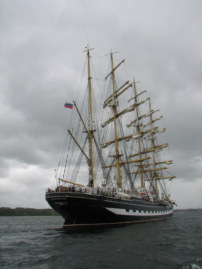 Petit tour sur le quatre mats barque Kruzenshtern Img_0710