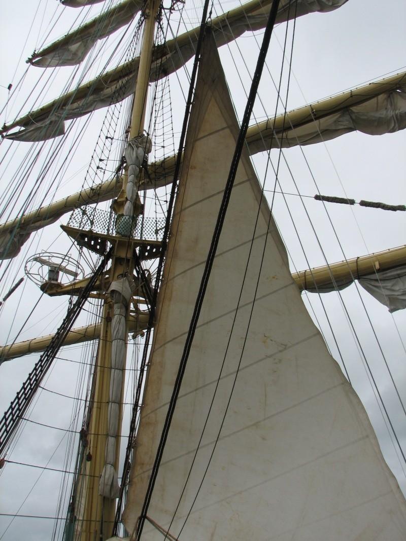 Petit tour sur le quatre mats barque Kruzenshtern Img_0812