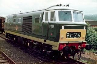 Hymek class 35 live diesel 800px-10