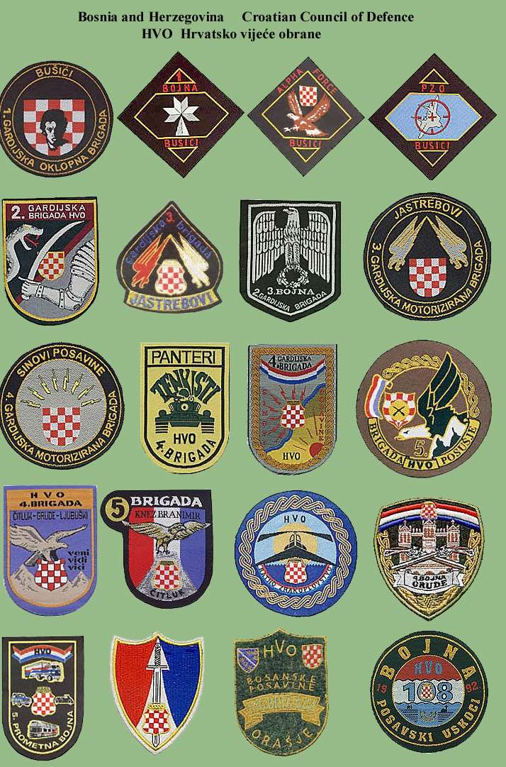 Insignias from Bosnia and Herzegovina (all three sides) Hvo-210
