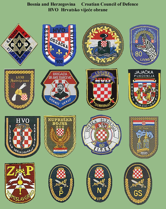 Insignias from Bosnia and Herzegovina (all three sides) Hvo-310