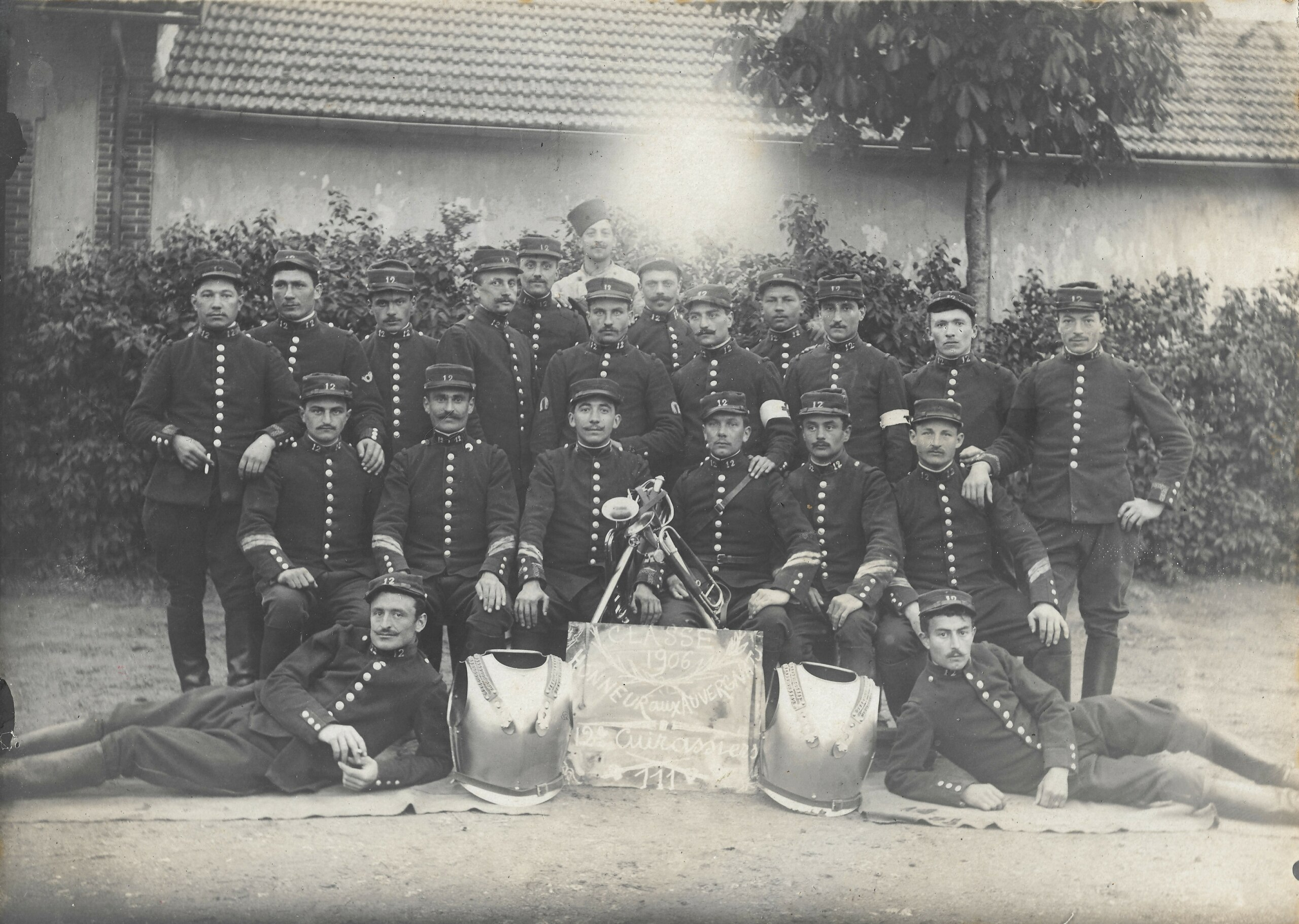 - Les Cuirassiers du Dauphin Cavalerie - Cdv_c106