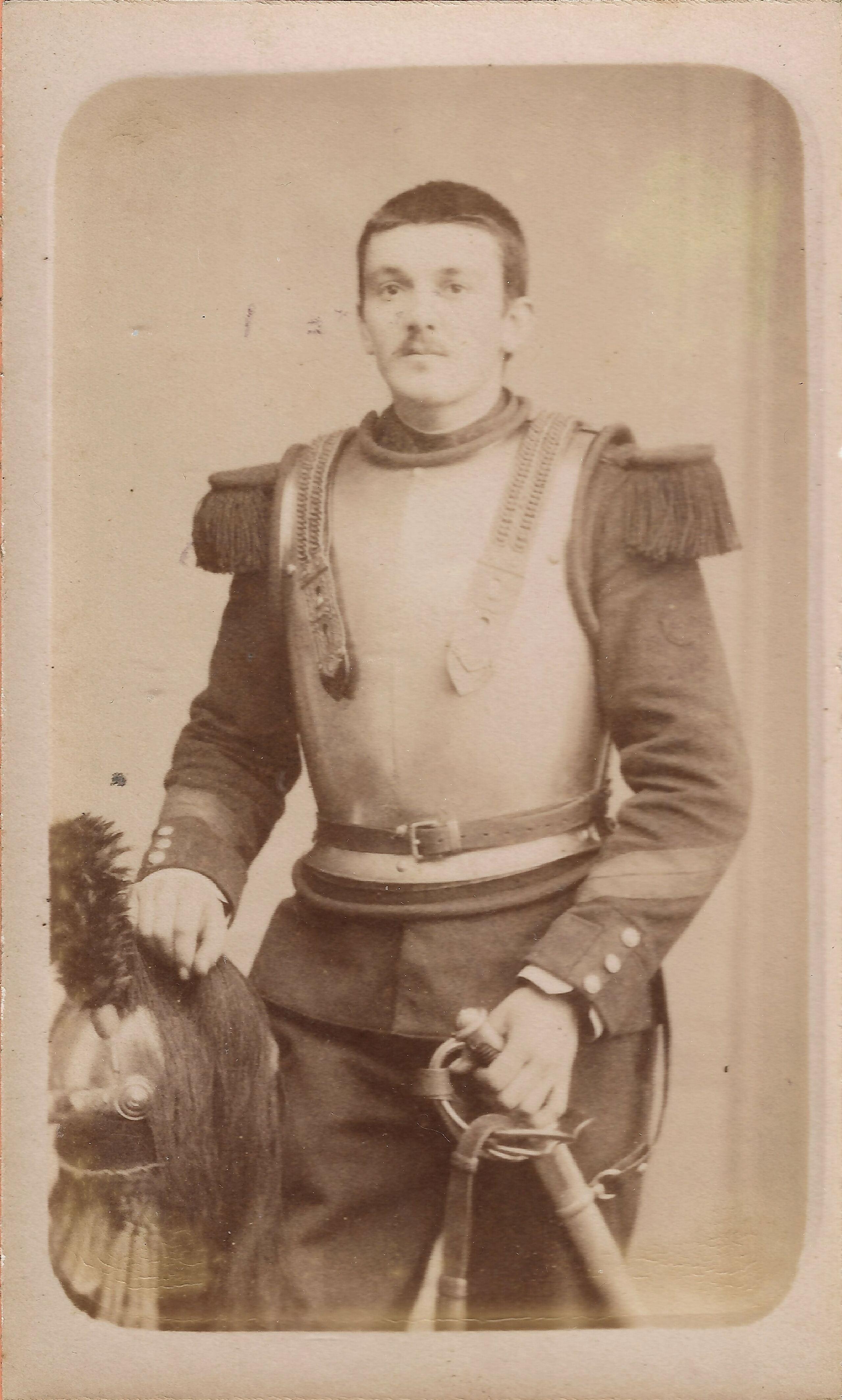 - Les Cuirassiers du Dauphin Cavalerie - Cdv_c107