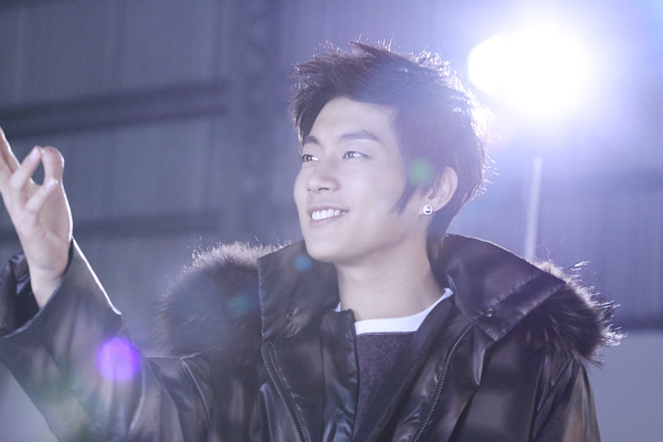 (Présentation) Beast ( B2st ) Yun_du11